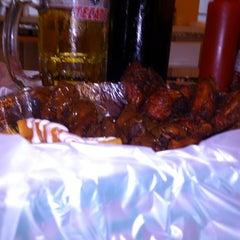 Photo taken at Perrón - Hot Dogs y Hamburguesas by Karla M. on 10/2/2014