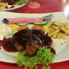 Photo taken at Restaurant Sayam by Farah R. on 6/17/2015