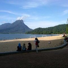 Photo taken at D'Cove Pasir Panjang Family Park by Azlan L. on 3/23/2013
