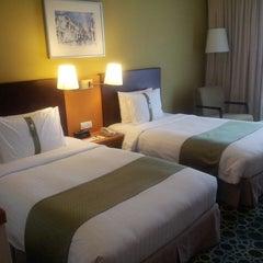 Photo taken at Holiday Inn by I'm AzahariMikhael34.gmail.com on 3/12/2013