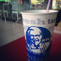 Photo taken at KFC / KFC Coffee by Luky Y. on 3/27/2015
