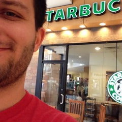 Photo taken at Starbucks by Dominik S. on 4/10/2014