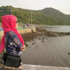 Photo taken at Pantai Amahami by Rnieee A. on 6/6/2014