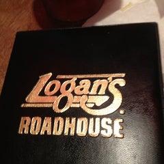 Photo taken at Logan's Roadhouse by Ashlie B. on 1/20/2013