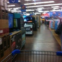 Photo taken at Walmart by Rolando R. on 11/28/2012