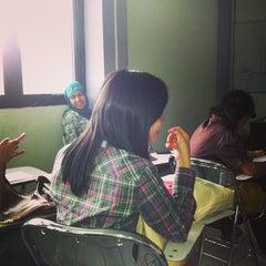 Photo taken at Fakultas Farmasi Universitas Pancasila by Marta H. on 10/19/2013
