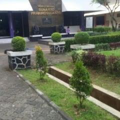 Photo taken at Fakultas Farmasi Universitas Pancasila by Marta H. on 5/19/2015