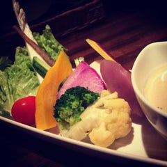 Photo taken at Natural Wine Table Organic+ by ひえこ on 9/11/2015
