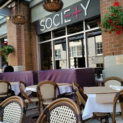 Photo taken at Society Dining Lounge by Mayette on 6/7/2014
