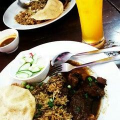 Photo taken at BARYANI GAM 88 - Katering & Western Food by Rozilawatie J. on 4/20/2014