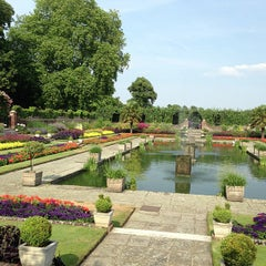 Photo taken at Orangery at Kensington Palace by Sunhwa H. on 7/22/2013