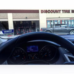 Photo taken at Discount Tire® Store by Des . on 9/17/2015