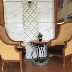 Photo taken at Chaophya Park Hotel (โรงแรมเจ้าพระยาปาร์ค) by nun n. on 1/24/2016