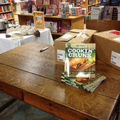 Photo taken at The Booksellers at Laurelwood by Bianca P. on 10/2/2012