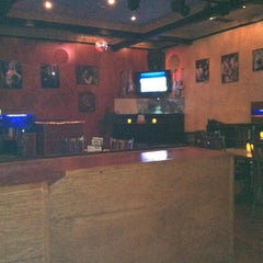 Photo taken at Smiles' Restaurant / Bar / Nightclub by Erik V. on 11/1/2012