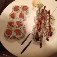 Photo taken at Osaka Japanese Steak And Sushi by Yella . on 11/3/2012
