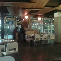 Photo taken at Verde Mexican Kitchen & Cantina by Sue K. on 12/12/2012