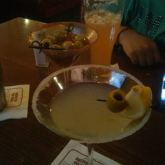 Photo taken at Applebee´s by Rossyo I. on 6/26/2014
