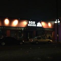 Photo taken at Icehouse Comedy Club Pasadena by Rafael O. on 12/15/2012