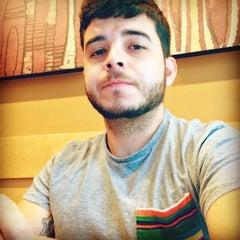 Photo taken at Starbucks by Eraldo E. on 4/24/2014