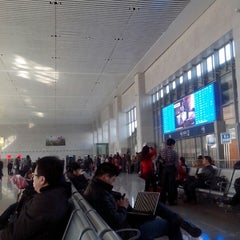 Photo taken at 秦皇岛站 Qinhuangdao Railway Station by mopeyue on 3/4/2013