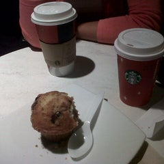 Photo taken at Starbucks Coffee by Santiago P. on 1/9/2013