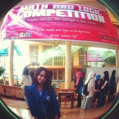 Photo taken at SMA Negeri 4 Malang by Aprilia P. on 11/17/2013