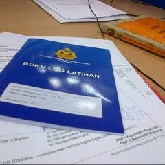 Photo taken at Jabatan Bomba dan Penyelamat Perak by Shahid M. on 12/11/2012