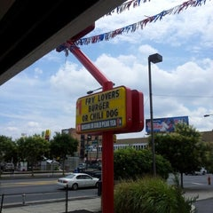 Photo taken at Checkers by Robb S. on 7/27/2012
