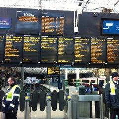 Photo taken at Edinburgh Waverley Railway Station (EDB) by Maxim R. on 2/11/2013