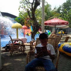 Photo taken at Siliwangi Swimming Pool by Annie P. on 5/1/2015