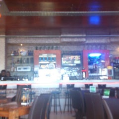 Photo taken at Inside Sports Lounge by Travis D. on 5/20/2014