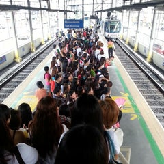 Photo taken at Yellow Line - Taft Avenue Station by Nessa S. on 8/15/2014