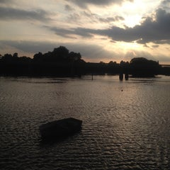 Photo taken at Kew Railway Bridge by Lida S. on 6/20/2014