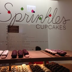 Photo taken at Sprinkles Cupcakes by May K. on 12/15/2012