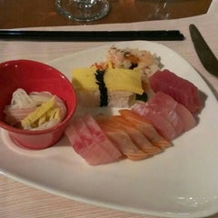 Photo taken at 十二廚自助餐 Kitchen 12 by Jessica C. on 11/1/2014