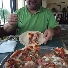 Photo taken at Frank's Roman Pizza by Lesa M. on 8/9/2014