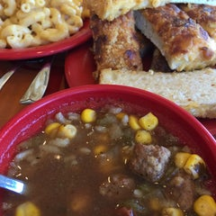 Photo taken at Sweet Tomatoes by Cuyler B. on 4/1/2015