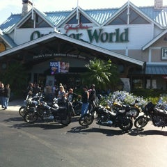 Photo taken at Bass Pro Shops Outdoor World by Dina S. on 11/18/2012