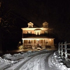 Photo taken at Ash Mill Farm Bed & Breakfast by Orli L. on 1/4/2014