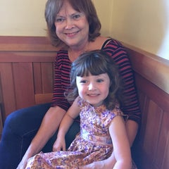 Photo taken at Olive Garden by Angela M. on 10/6/2014