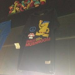Photo taken at Mellow Mushroom by Jeff M. on 7/14/2013