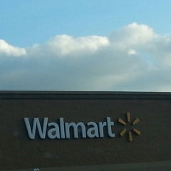 Photo taken at Walmart Supercenter by Aimee A. on 5/30/2014