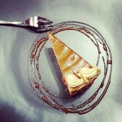 Photo taken at Osvaldo's Cakes by Harry Gray G. on 2/6/2013