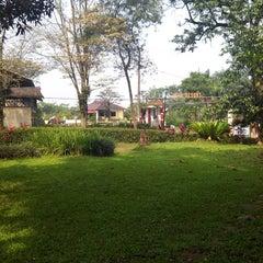 Photo taken at Lembur Pancawati by Jarip Aripudin Almamuni on 3/16/2014