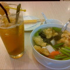 Photo taken at Red Bean by Dian D. on 1/13/2013