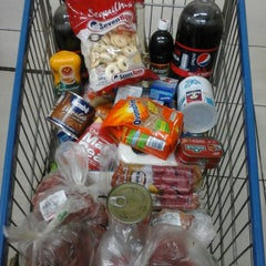 Photo taken at Supermercado BH by Natália H. on 3/1/2014