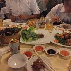 Photo taken at Thanh Niên Restaurant by doidoi07 on 11/7/2015