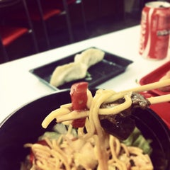 Photo taken at Yakisoba Factory by Flavinha O. on 4/12/2012