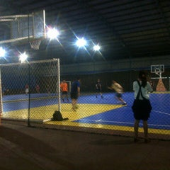 Photo taken at Batununggal Indah Club (Sports Center) by Ester P. on 7/4/2014